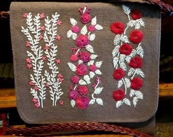 White foliage pattern shoulder bag-pouch