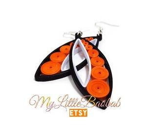 Quilling Ellipse Design black white Orange round earrings