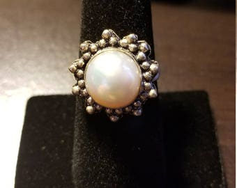 Vintage Freshwater White Pearl Sterling Silver Ring