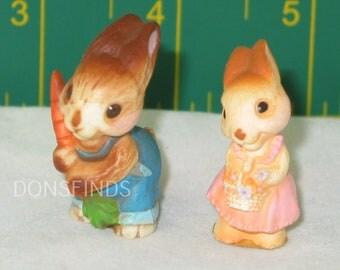 Easter - Hallmark farmer bunny couple