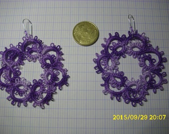 pretty pair of earrings tatting lace