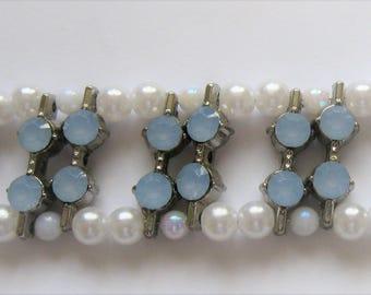 BR45– Handmade blue and white bracelet