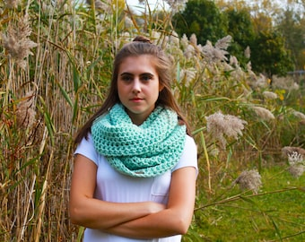 Mint infinity scarf, mint cowl scarf, cowl scarf, infinity scarf, knitted scarf