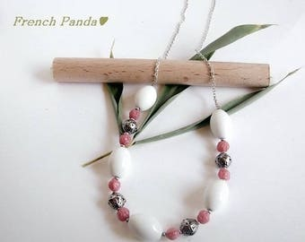 The silver Choker necklace and porcelain beads