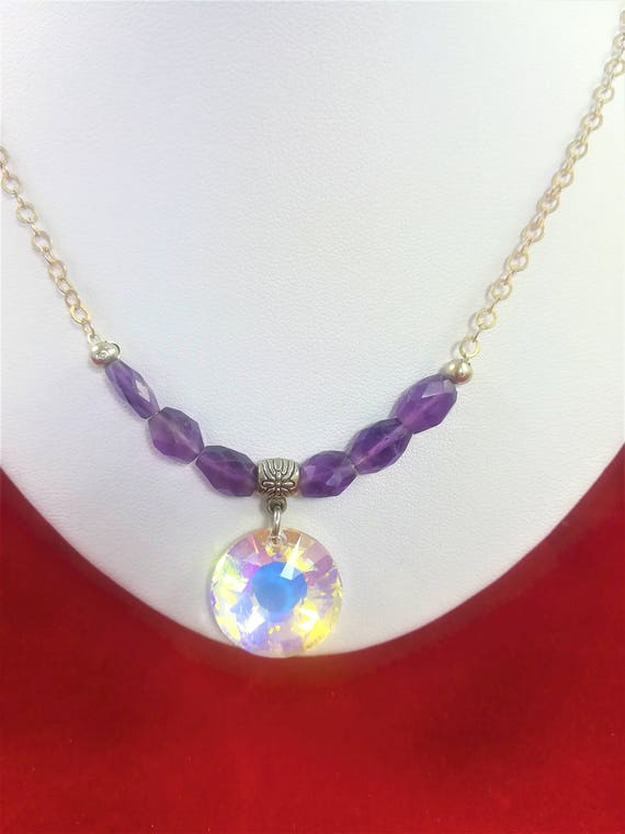 wedding necklace with swarovski cabochon and semi-precious stones : faceted amethyst with a silver 925 chain