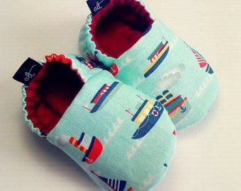 Baby Booties / Baby Shoes / Handmade Booties / Soft Sole Booties / Soft Sole Shoes / Boat Booties
