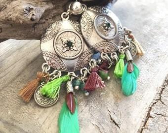 Chandelier earrings rhinestone, green, silver, tassel, room, hippie, Bohemian, chic, feathers, natural stone