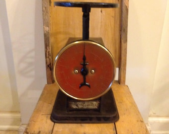 Vintage Kitchen Scale /Brass face kitchen scale/ American Cutlery household scale/ 1940's kitchen decor