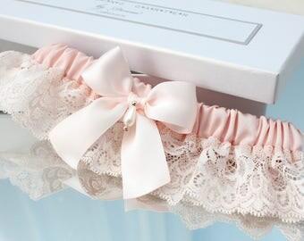 blush pink garter, rose gold garter, blush pink wedding garter, rose gold wedding garter, blush pink bridal garter, rose gold bridal garter