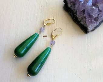 Jade and Fluorite earrings, green jade, pendant earrings.