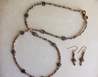 Beaded Necklace and Earrings with Starsl
