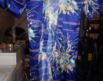Vintage japanese ceremonial robe 100 percent polyester made in japan