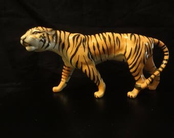 Beswick figure of a TIGER with length =  23cm & height= 13cm very rare and great condition