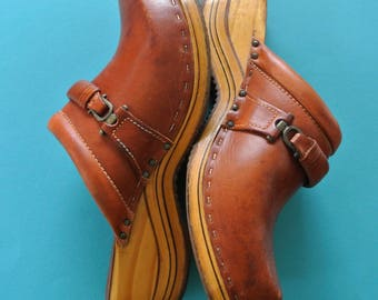 1960s Brown Leather Clogs (Shoe Lodge) size 6.5