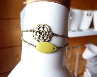 Double bracelet flower filigree and lime green sequin