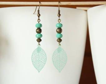 Bohemian earring leaf filigree and soft green glass bead