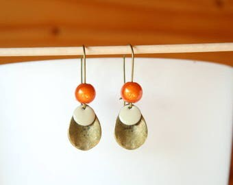 Pendant drop bronze miracle bead and sequin cream