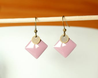 old pink and round diamond bronze sequin enamel earrings
