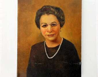 Vintage Portrait of a Woman in Pearls: Painting of Mrs. Smith