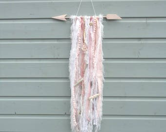 SALE!!! Pink arrow wallhanger. Fringe, sea shell and driftwood. In white, gold and pink.