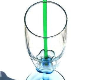 Shaker heart glass