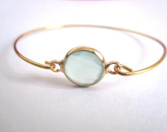 Bracelet jonc doré pierre crystal verte