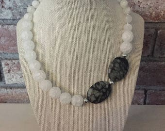 Statement necklace/Statement jewelry/Semiprecious stones/Quartz/Crystal necklace/Crystal jewelry