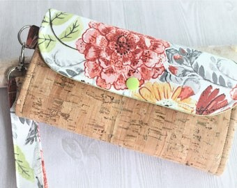 Cork and floral print womens wallet, clutch wallet, womans wristlet wallet, card wallet, iphone wallet, handmade accordion wallet