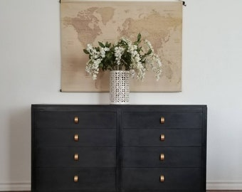 Vintage Mid Century Modern Dresser/Entry Table/Console *Local Pick Up Only