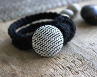 Bracelet knit - hand knit bracelet - Boho bracelet - knitted bracelet - vegan yarn - vegan yarn