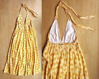1970s maxi dress / freebird dress / 70s halter neck dress / bohemian goddess dress
