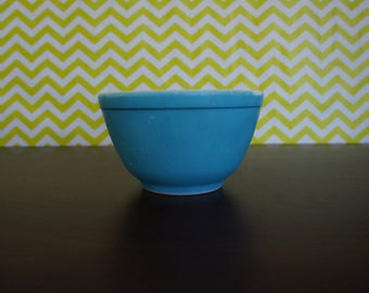 Vintage Pyrex  Primary Blue Mixing Nesting Bowl Dish