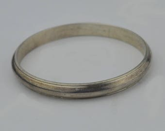 Sterling Silver 925 Vintage Handwrought Heavy Bangle Bracelet