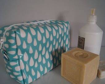 Toiletry bag in coated cotton