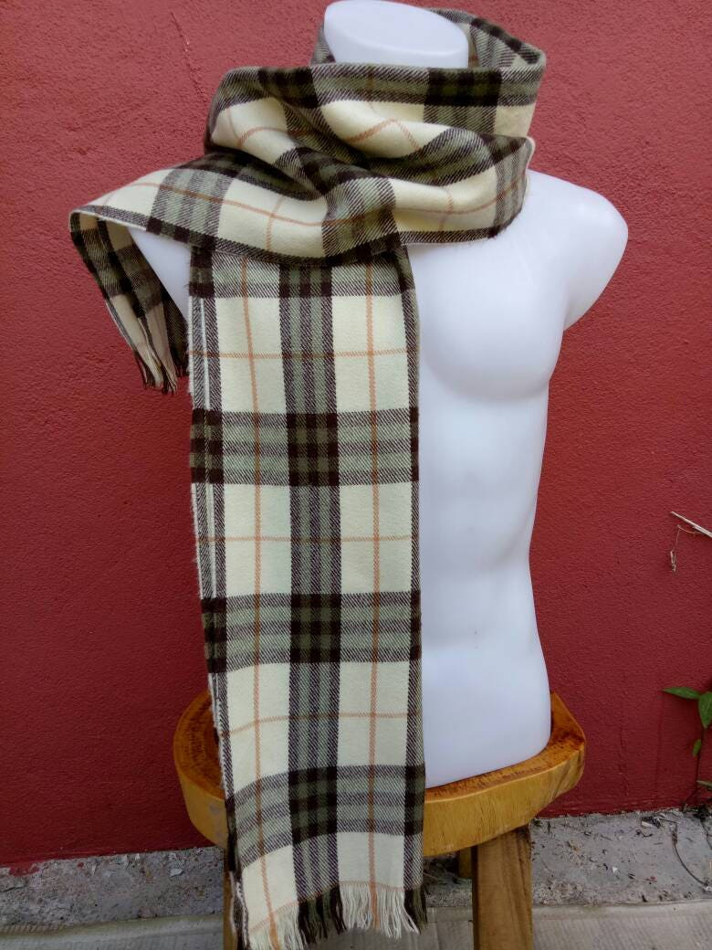 ... uk rare vintage burberrys of london 100 lambswool scarf scarves nova  check christmas f619a 13004 new zealand vintage burberry ... ed634d41ec4