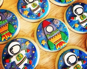 rocketship//rocketship cookies//sugar cookies // nasa //cutom cookies//  birthday party//decorated cookies/custom//spaship/astronaut//