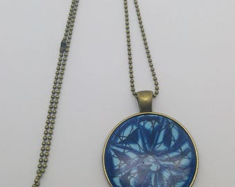 Blue stained glass cameo pendant necklace