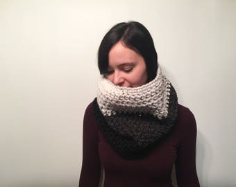 Tri Color Chunky Crochet Cowl // Ombre Color Winter Cowl // Oversized Crochet Scarf