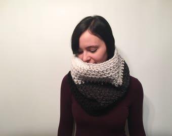 ON SALE, Chunky Crochet Winter Scarf, Crochet Cowl, Women's Winter Snood