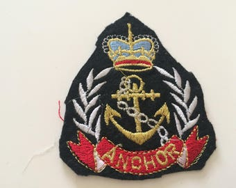 Embroidered applique paste iron with drawing Navy between 6 and 8 cm size