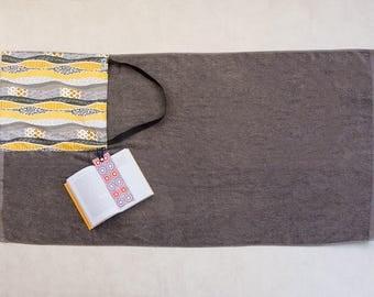 Beach towel folds into a beach bag, beach towel, beach bag-beach towel