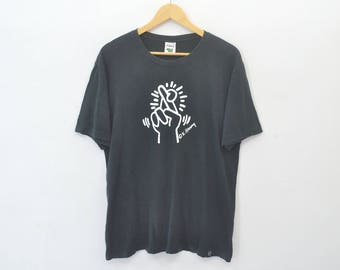 KEITH HARING Shirt Keith Haring Cross Finger Pop Art Tee T Shirt Size M