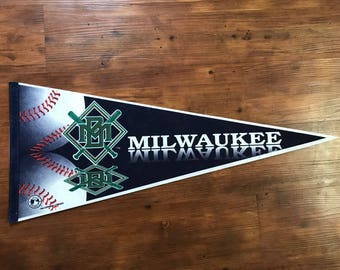 Vintage Milwaukee Brewers pennant 1990's MLB Memorabilia