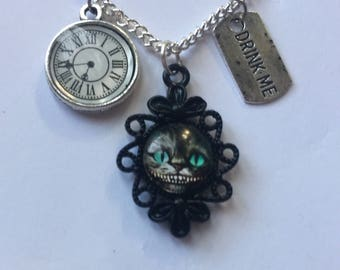 Alice in wonderland Cheshire cat necklace drink me