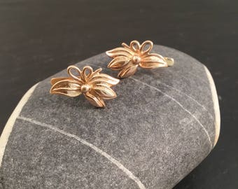 Flower earrings, clip on earrings, gold clip on earrings, Huggies earrings,clip earrings, stud earrings, anniversary gift,14ct gold