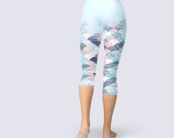Mermaid Capri Pants, Summer Gym Pants, Pastel Capri Leggings, Pale Capri Leggings, Pale Yoga Pants, Yoga Leggings, Yoga Pants