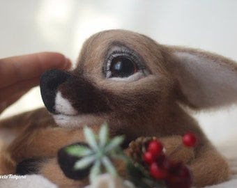 Needle felted deer Bambi, needle felted animals, felt little deer, fabulous deer, handmade toy, cute gift, felt toy, home decor, felting toy