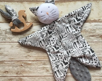 Birth gift set box doudou car and wooden teething ring comforter first toy baby blankie pattern forest woodland scandinavian style