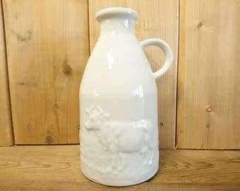 Vintage Milk Jug with Cow in Field White Porcelain Milk Bottle Made in Japan Jar Container Vase Pitcher Rustic Decor Farmhouse