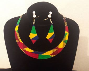 Set necklace and earrings African earrings